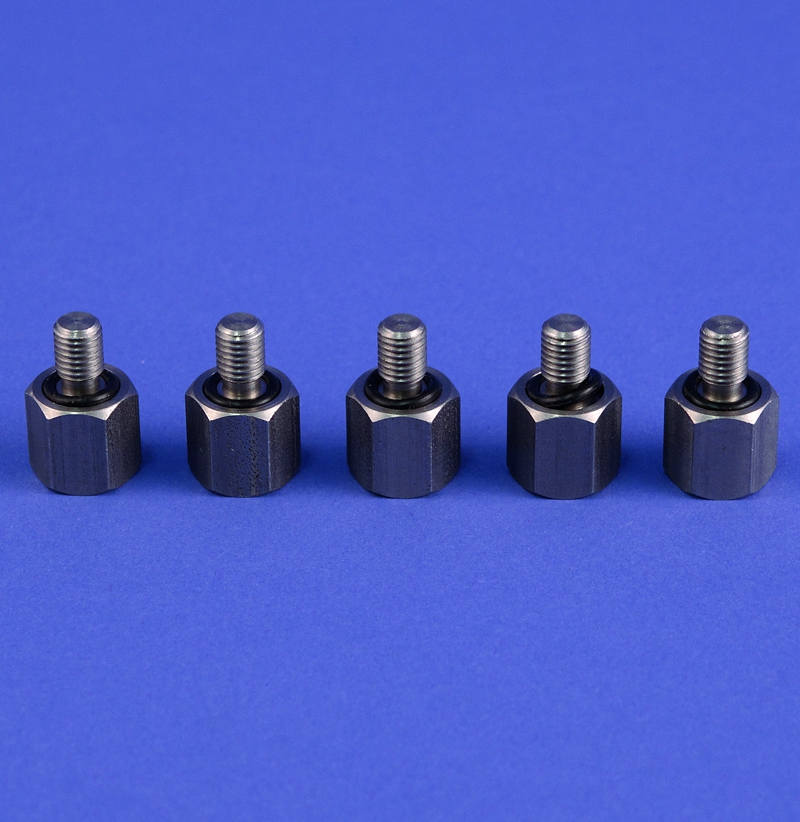 PLUG BOLTS WITH SEALS, SET OF 5
