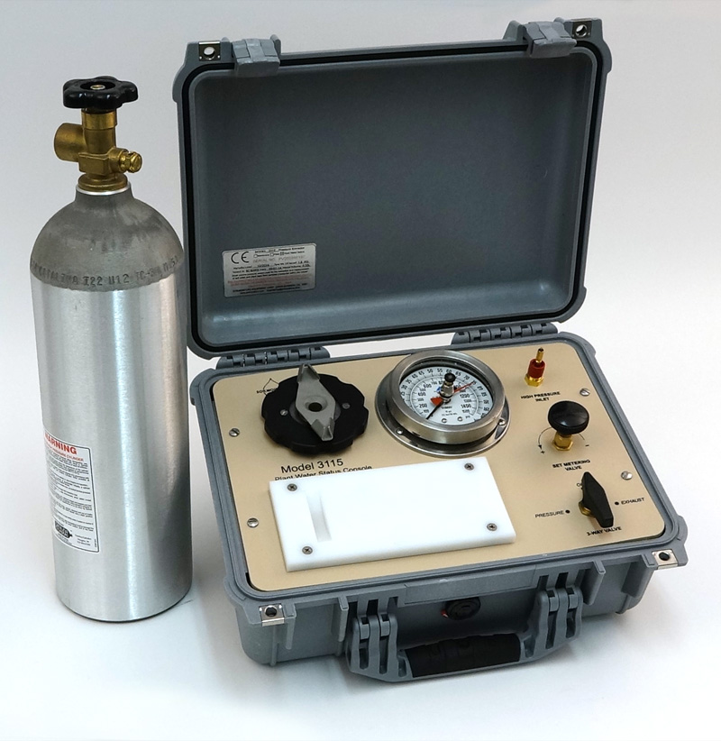 SAPS II PLANT WATER STATUS CONSOLE, 40 Bar Gauge, G4 Specimen Holder in carry case, 22 c/f tank (empty) included