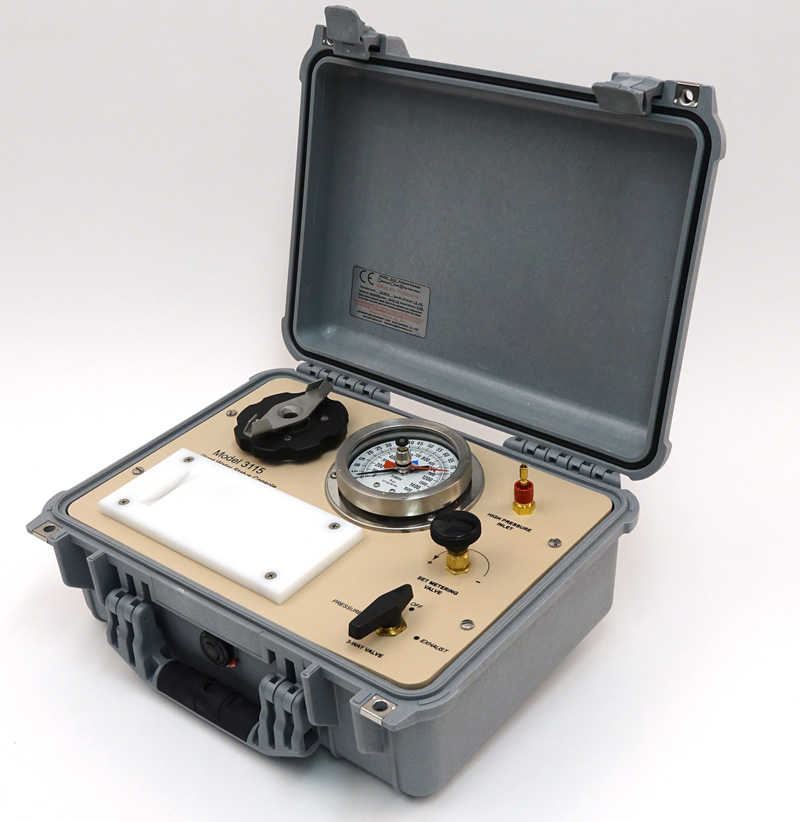 SAPS II PLANT WATER STATUS CONSOLE, 40 Bar Gauge, G2 Specimen Holder in carry case, TANK NOT INCLUDED
